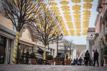 concorso di Castel Romano Designer Outlet per chi ama lo shopping…a colori