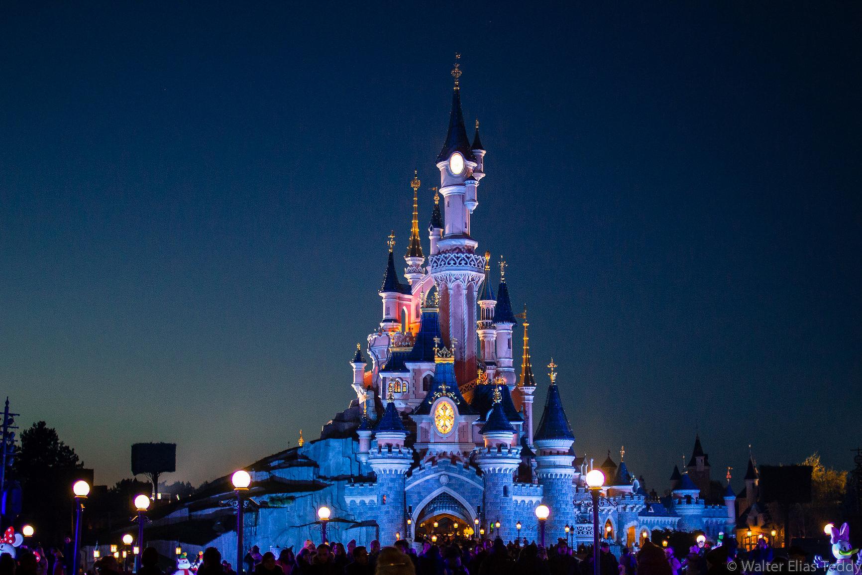 Disneyland paris festeggia il suo 25 anniversario for Pacchetti eurodisney volo soggiorno